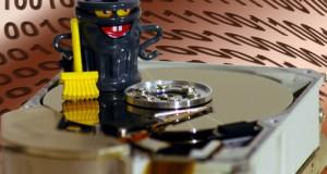 Alte Festplatten von privaten Daten richtig säubern (Bild: Michael Lemke / pixelio.de)