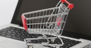 Einkaufslisten digital verwalten (Bild: Tim Reckmann / pixelio.de)